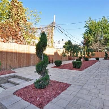 Backyard/Common Area